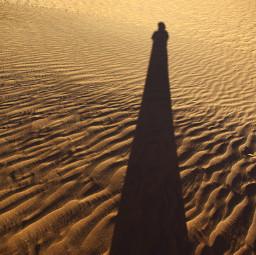 longshadow sand selfieshadow goldensand simple