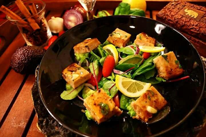 Fresh tuna-salad