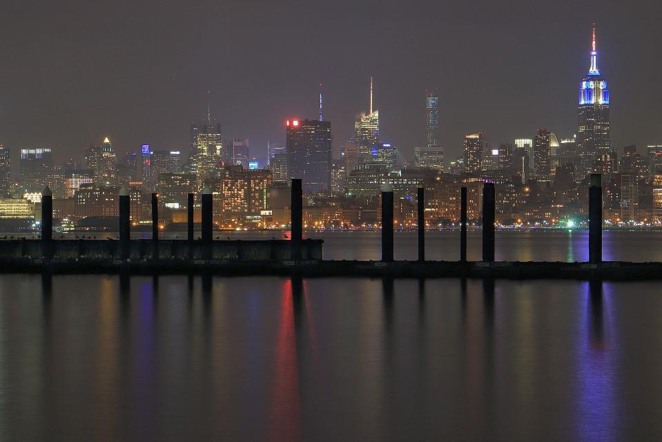 City lights  #newyorkcity #nyc #nightshooters #cityshots #cityshooter #cityscape #architecture #buildings #photography