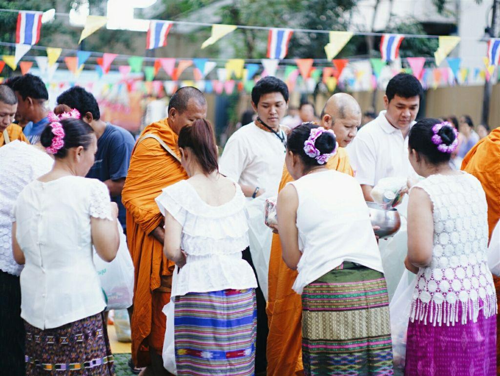 New Year TukBaht Ceremony  #BKK #Jatuchak #equinox condo #newyear #thailand #tukbaht #monk #emotions #colorful #people #photography #walk #temple #lucky #flag