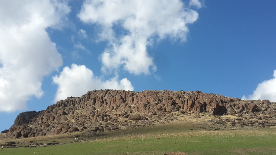 Kayalık ,rocky #dağ #manzara #yeşil #köy #mountain #green #village #vista #nature #colorful #summer