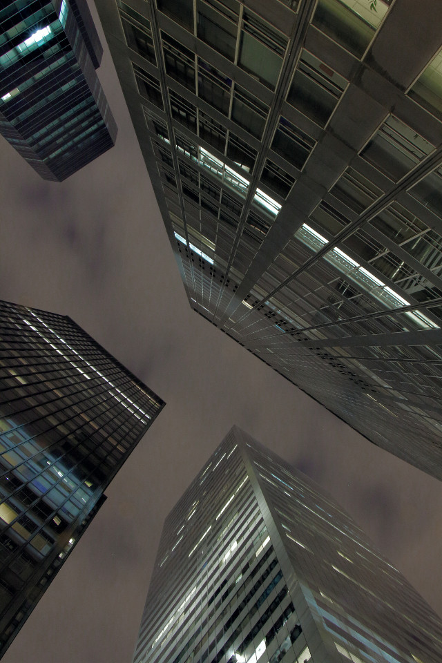 Looking for higher grounds.  #new #newyorkcity #nyc #city #cityshots #cityshooter #lookups #nightshooters #nightlongexposure #nightphotography
