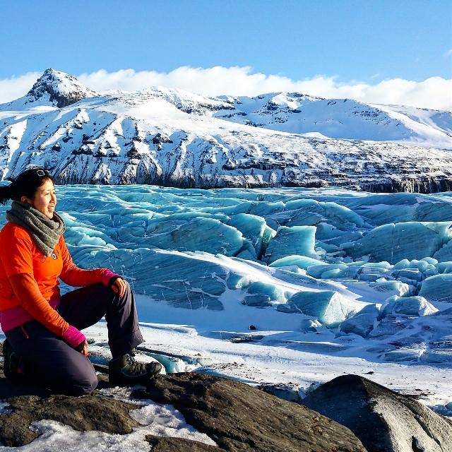 The best glacier!!! Where is it? Follow my travel and I'll let you know beautiful places. #iceland #trueblue #feelingblue #glacier #colorsplash #wanderlust #followmytravel #ig_twentyfoursevenfoto #lifewelltravelled #30countries #worktravelrepeat