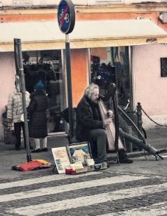 interesting mytown streetphotography streetmusic italy