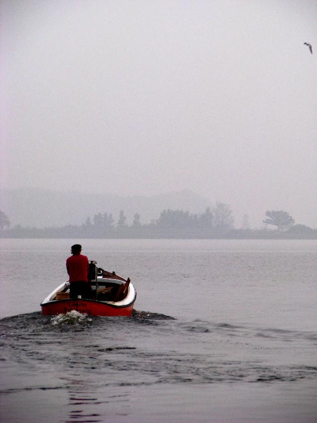#water  #people  #boat  #nature  #red  #wppshowmethesea