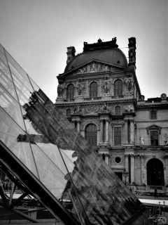 inspiration paris parisbylou blackandwhite louvre